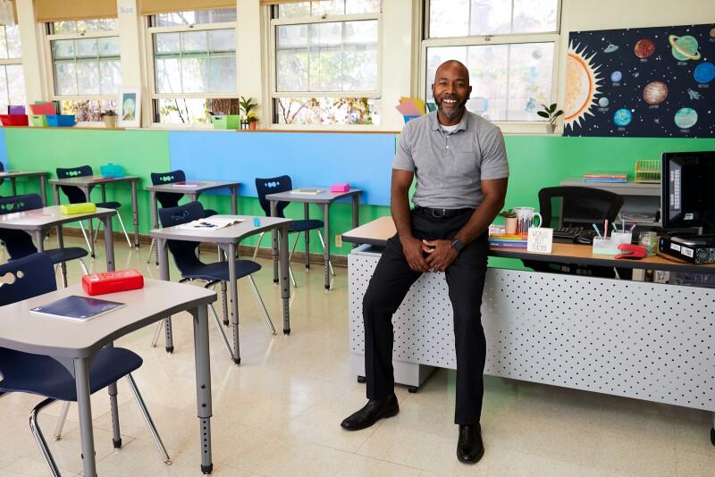 Wayfair Dream Classroom '20 Winner, Mr.Perkins