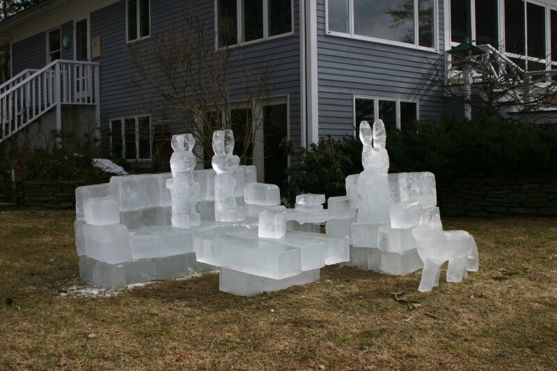 Ice Livingroom 5.JPG