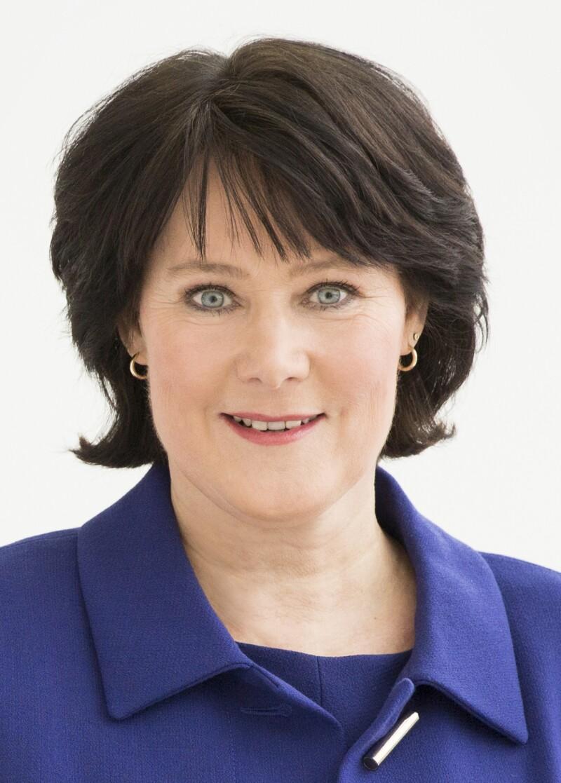 Headshot Image of Anke Schäferkordt